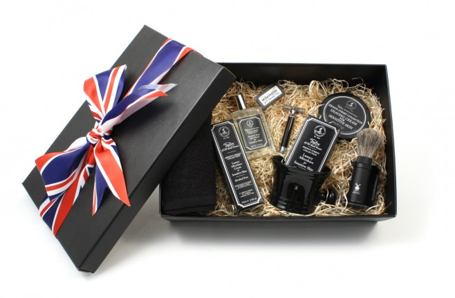 The Valet London Fully Loaded shaving hamper